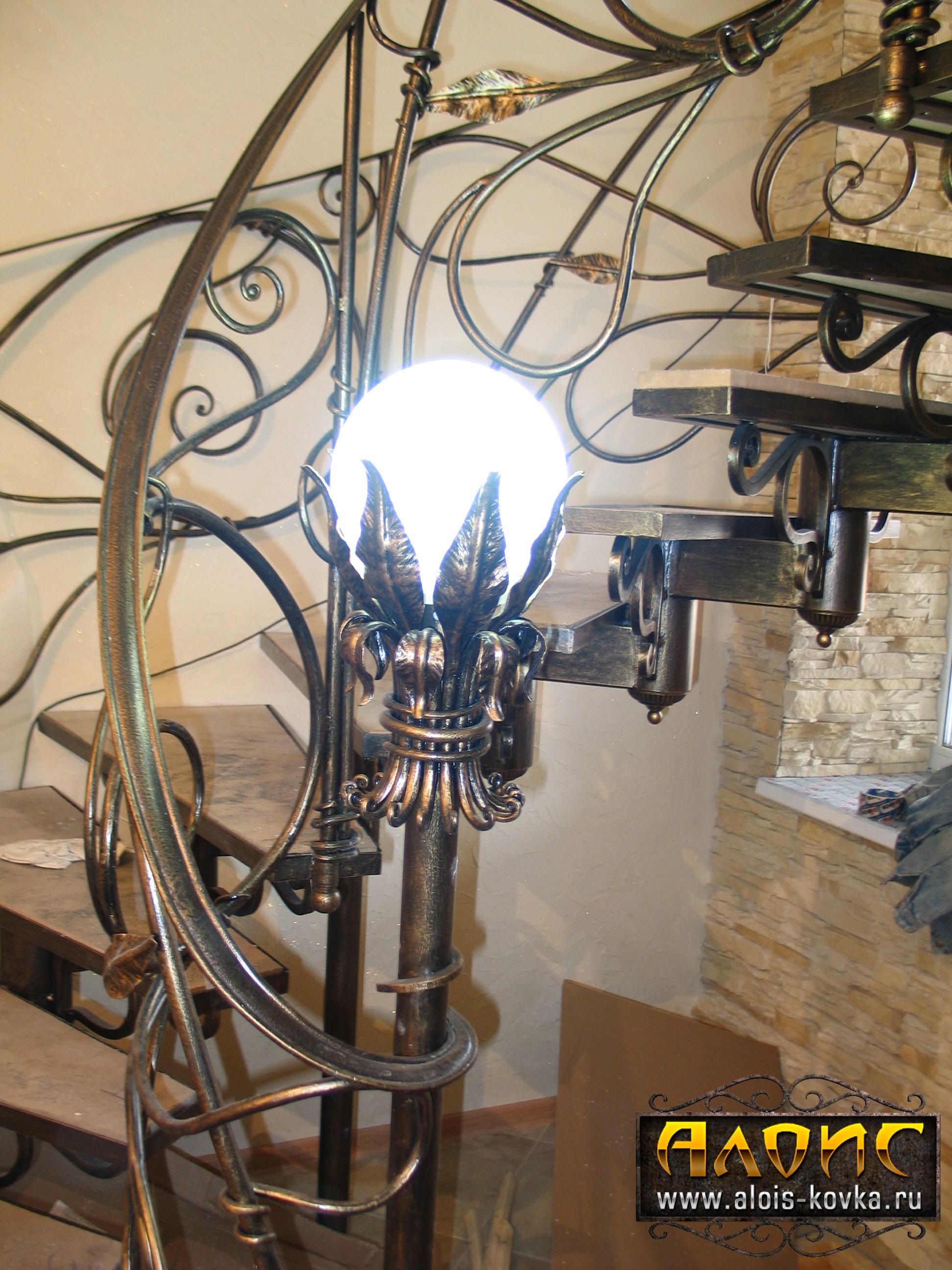 Эксклюзивные кованые лестницы от мастерской художественной ковки Алоис