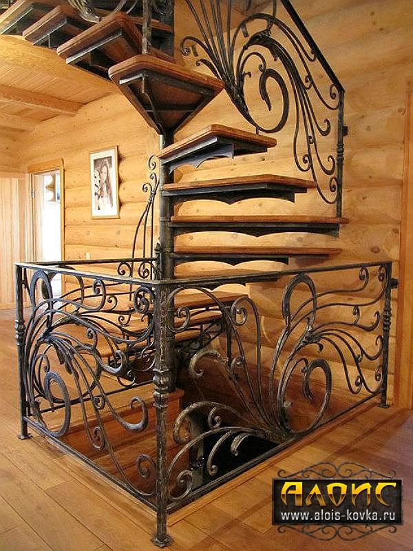 Вашему вниманию кованые лестницы для дома. Фотогалерея
