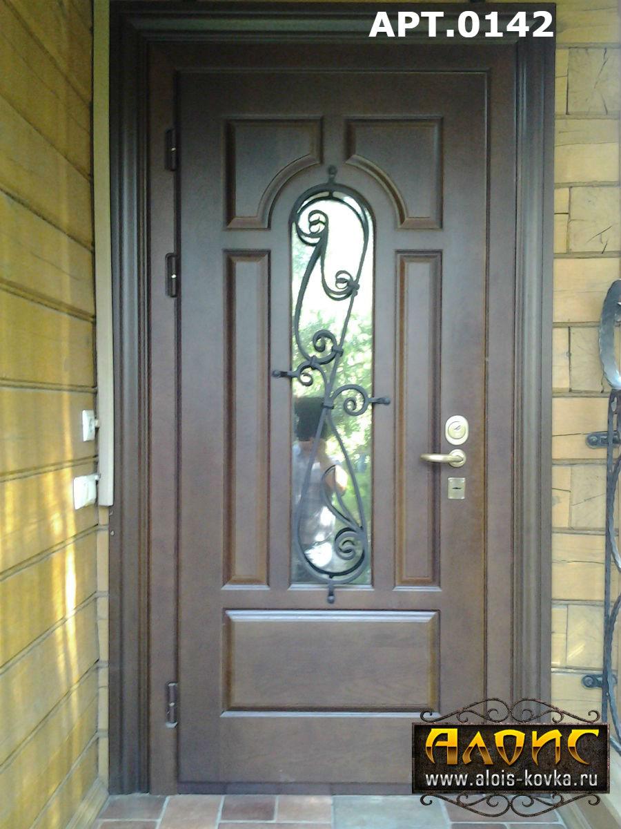 недорого стальные входные двери с элементами ковки