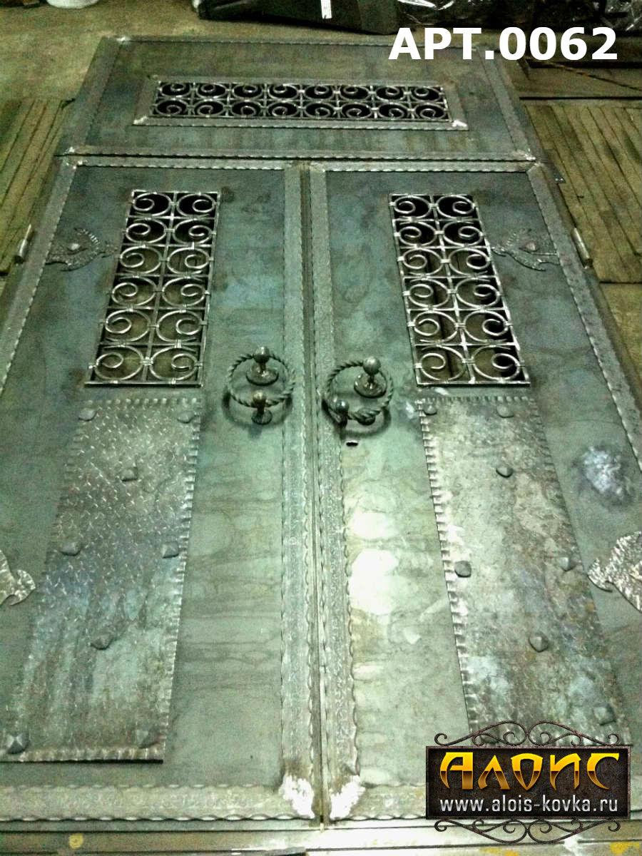 стальные двери с элементами ковки химки