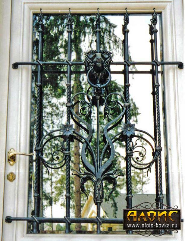 В Москве кованые решетки на окна от производителя