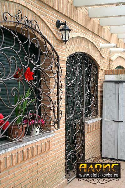 Ажурные кованые решетки на окна, цена производителя
