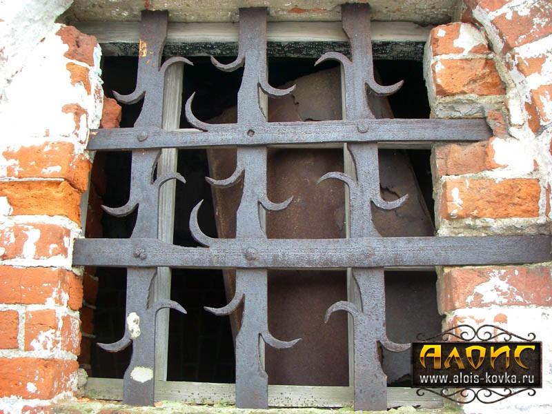 Надежные кованые решетки на окна. Цены производителя