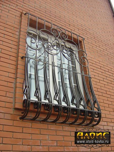 Неповторимые кованые решетки на окна в Москве под заказ