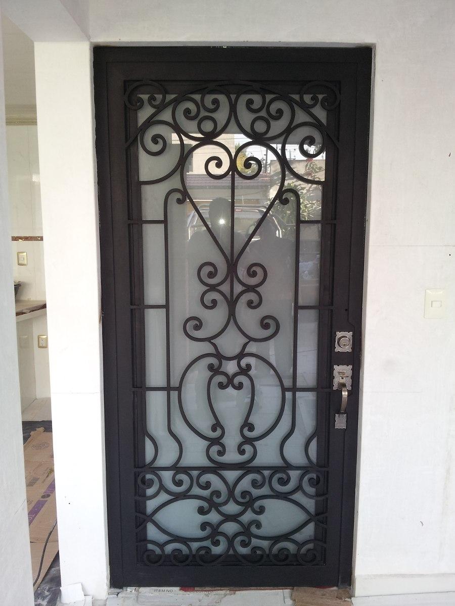 Disenos de puertas de herreria pictures to pin on for Puertas de herreria para entrada principal